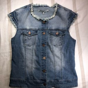 Romeo & Juliet Couture Jean Jacket Large